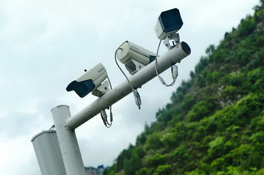 What is Live Video Surveillance and How Does It Work